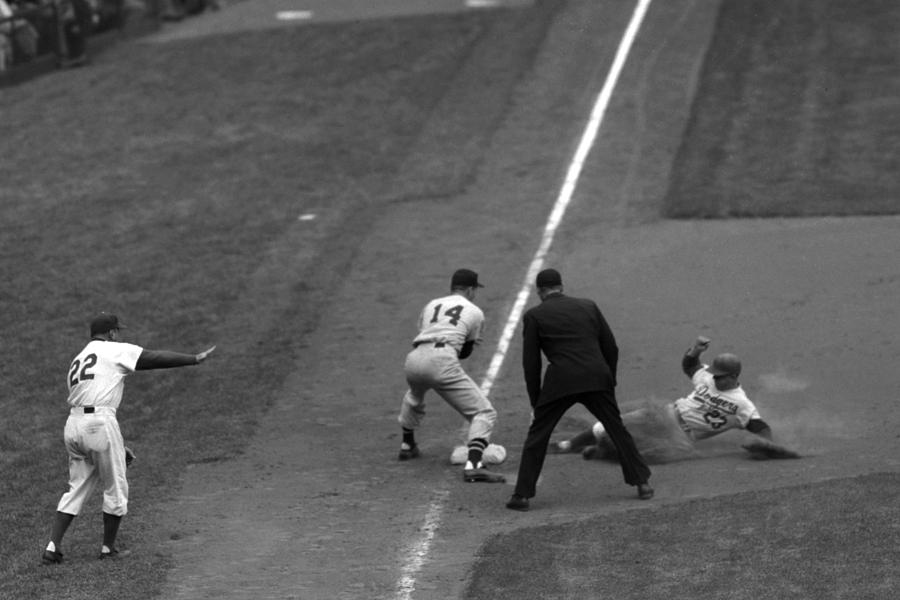 St. Louis Cardinals v Brooklyn Dodgers Photograph by Kidwiler Collection