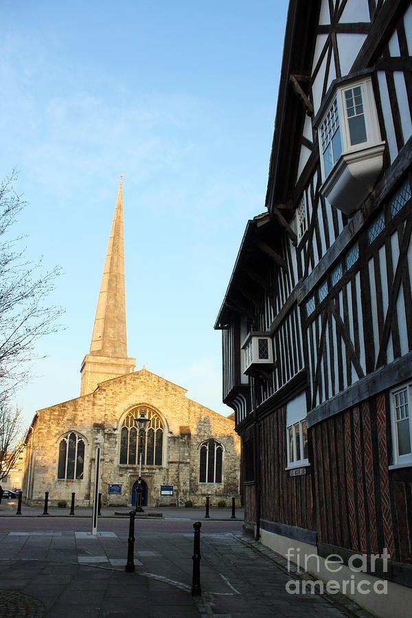 Southampton Photograph - St Michaels Church And Tudor House Southampton by Terri Waters