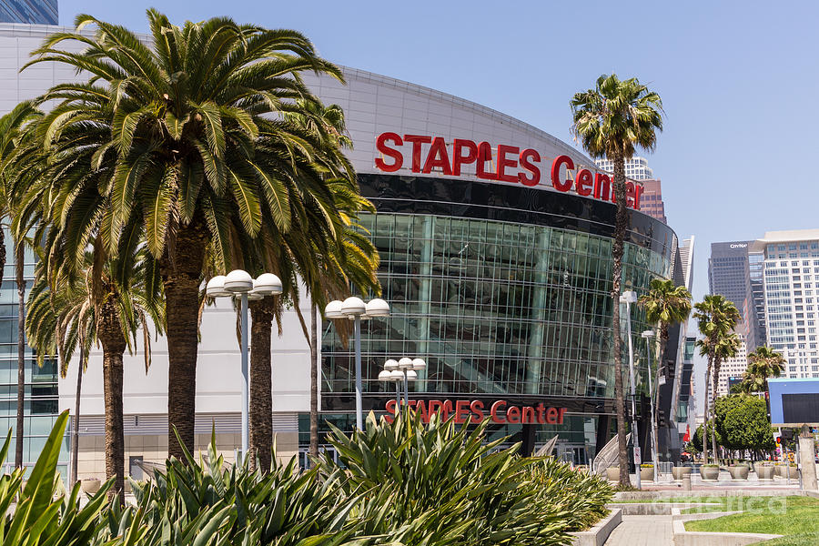 America Photograph - Staples Center In Los Angeles California by Paul Velgos