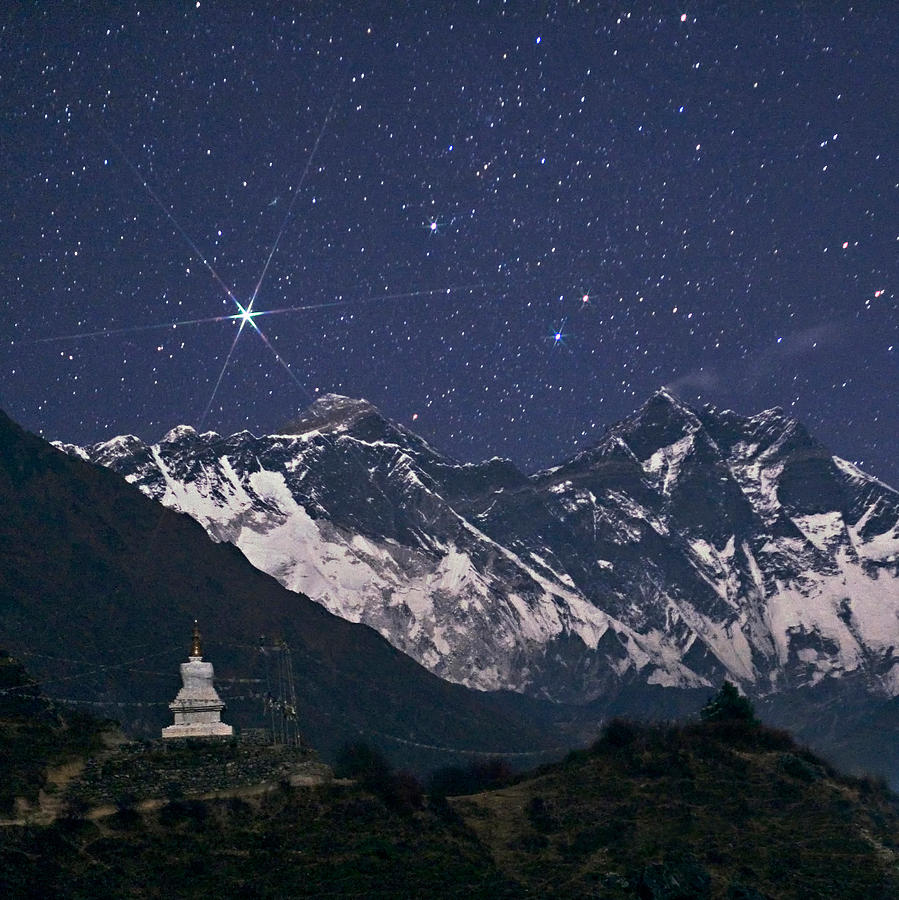 Astronomical Photograph - Stars Above Mount Everest by Babak Tafreshi/science Photo Library