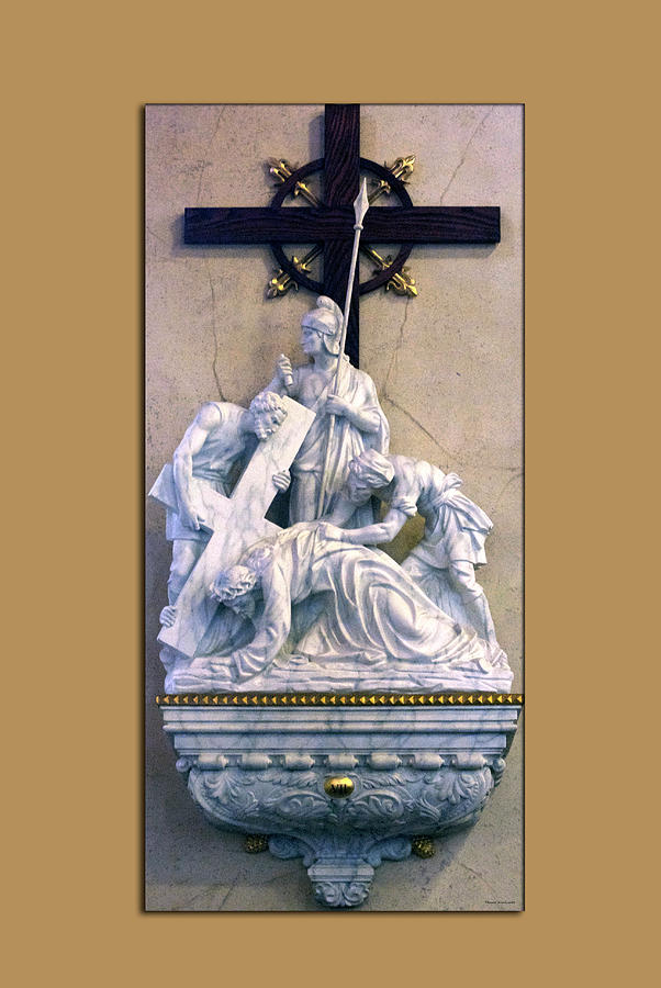 Statue Photograph - Station Of The Cross 07 by Thomas Woolworth