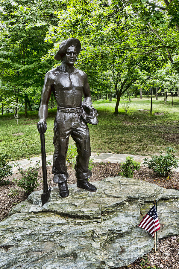 Statue Of A Ccc Boy At Gambrill State Park In Maryland Photograph by ...