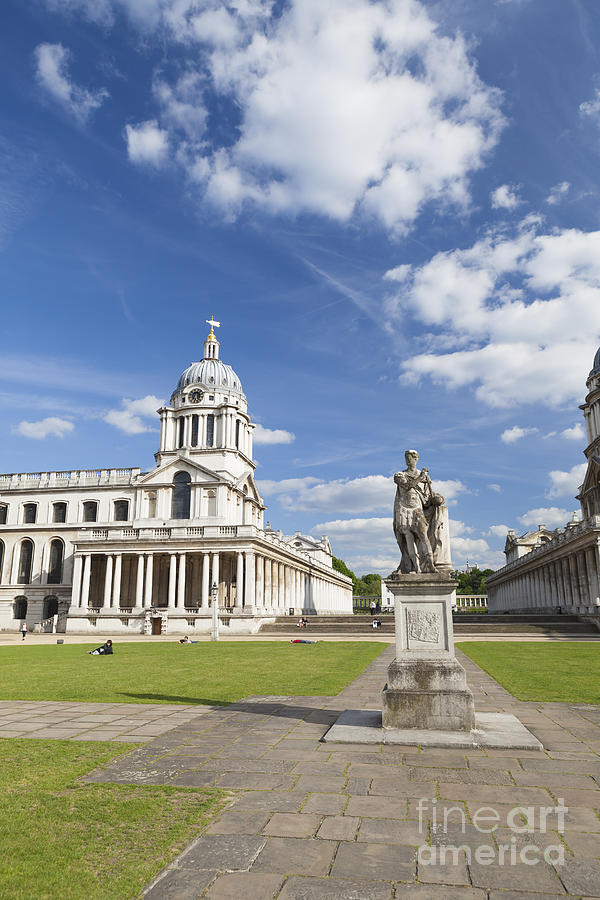England Photograph - Statue Of King George II As A Roman Emperor In Greenwich by Roberto Morgenthaler