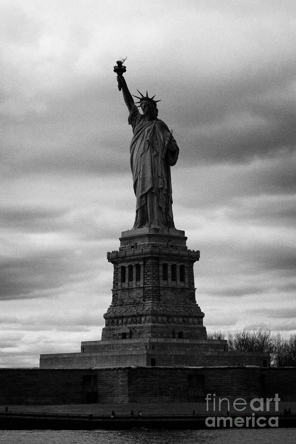 Usa Photograph - Statue Of Liberty New York City by Joe Fox