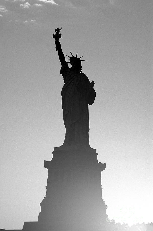 Statue Of Liberty Photograph - Statue Of Liberty by Tony Cordoza