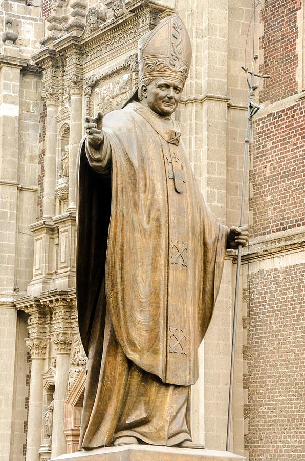 Pope Photograph - Statue Of Pope John Paul II by Jess Kraft