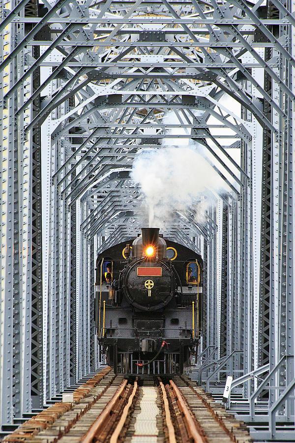 Steam Train Photograph by Peter Hong