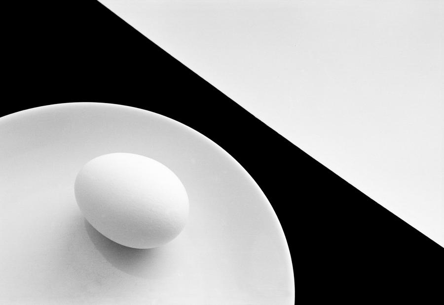Graphic Photograph - Still Life With Egg by Peter Hrabinsky