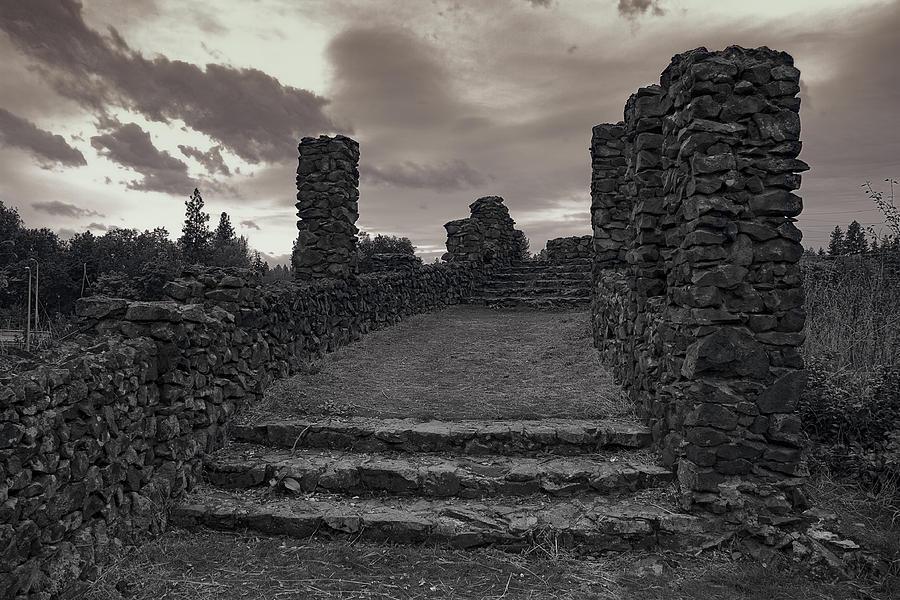 Spokane Photograph - Stone Ruins At Old Liberty Park - Spokane Washington by Daniel Hagerman