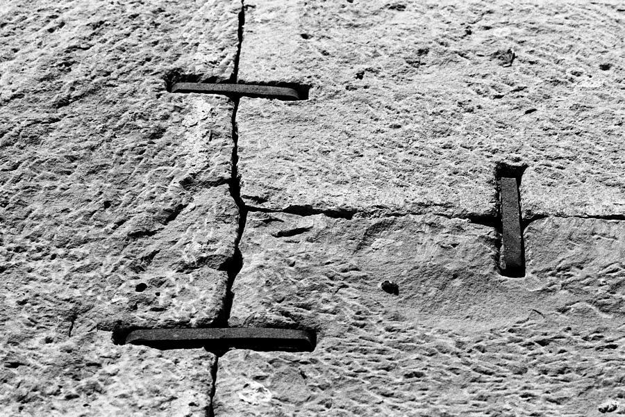 1984 Photograph - Stone Wall Support by Jagdish Agarwal