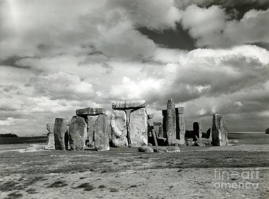 Archeology Photograph - Stonehenge Prehistoric Monument by Science Source