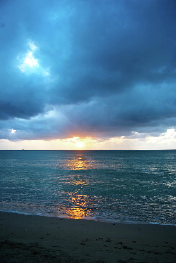 Stormy Clouds Seascape At Sunset Photograph by Jaminwell