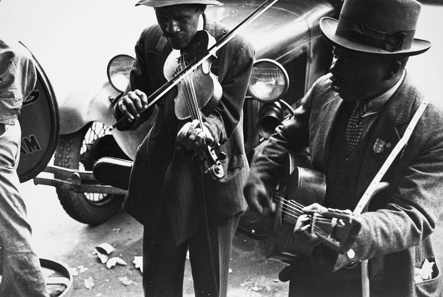 1935 Photograph - Street Musicians, 1935 by Granger