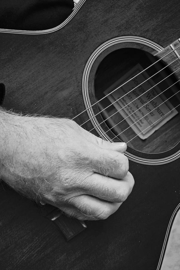 Acoustic Photograph - Strum by Stephanie Grooms