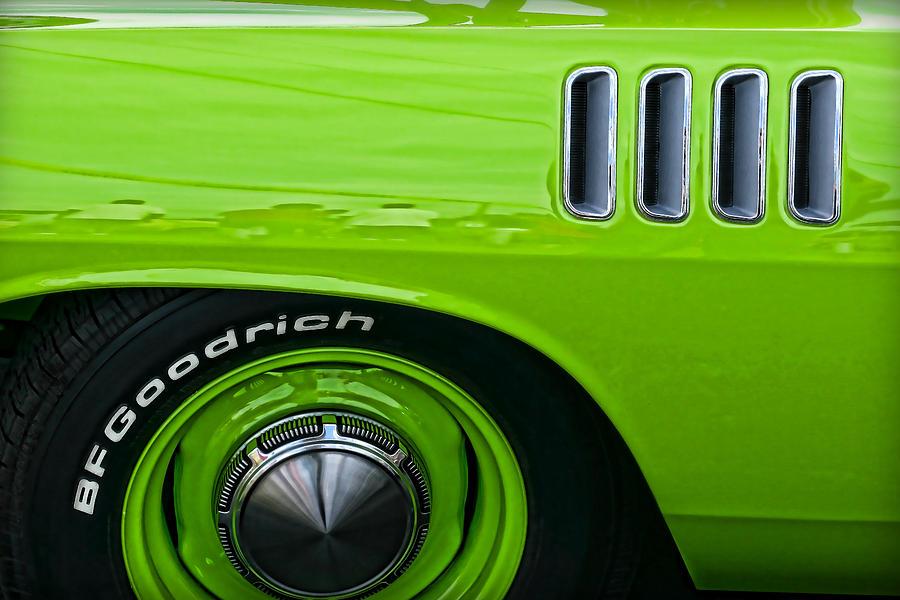 Chrysler Green Paint