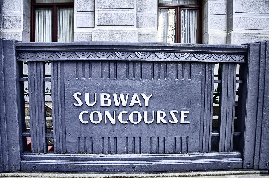 Subway Photograph - Subway Concourse At City Hall by Bill Cannon