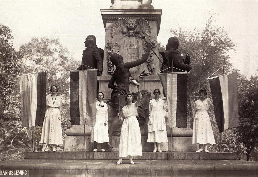 1918 Photograph - Suffragettes, 1918 by Granger