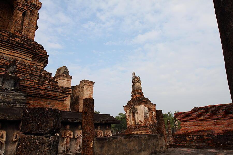 Sukhothai Photograph - Sukhothai Historical Park - Sukhothai Thailand - 011327 by DC Photographer