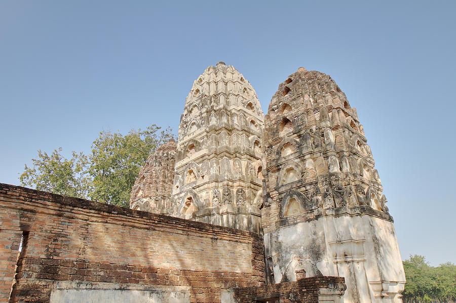 Sukhothai Photograph - Sukhothai Historical Park - Sukhothai Thailand - 011355 by DC Photographer