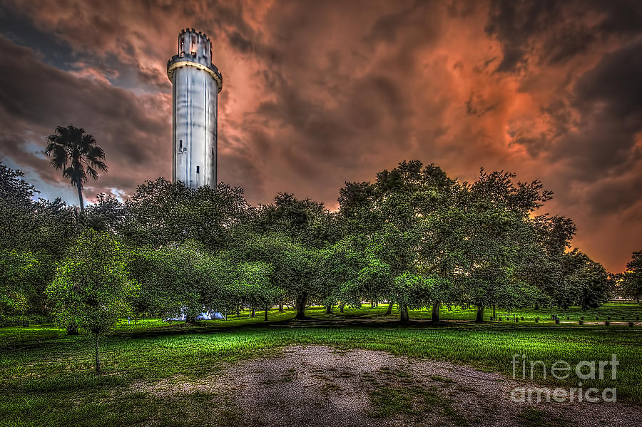 Sulfur Springs Water Tower Photograph - Sulfur Springs Tower by Marvin Spates