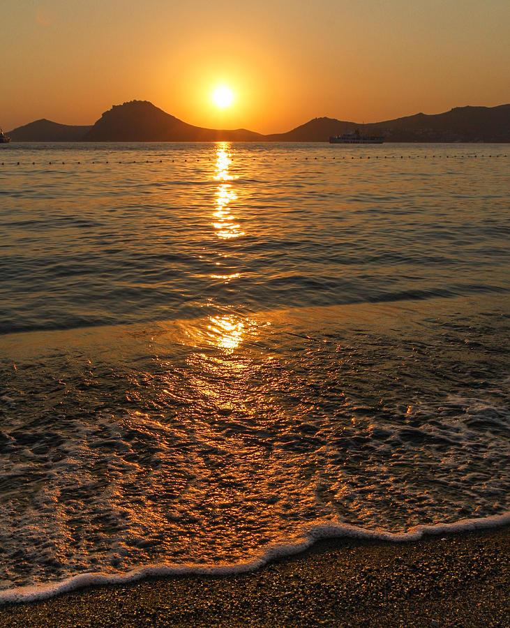 Summer Beach Sunset Photograph By Paul Lemon