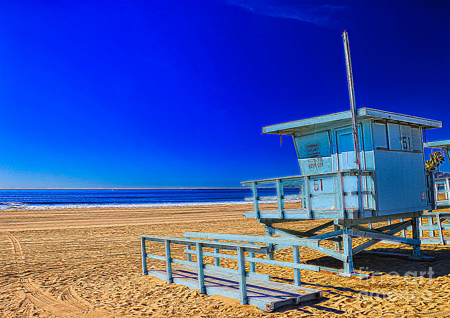 Lifeguard Tower Photograph - Summers Sentinels 1 by David Doucot
