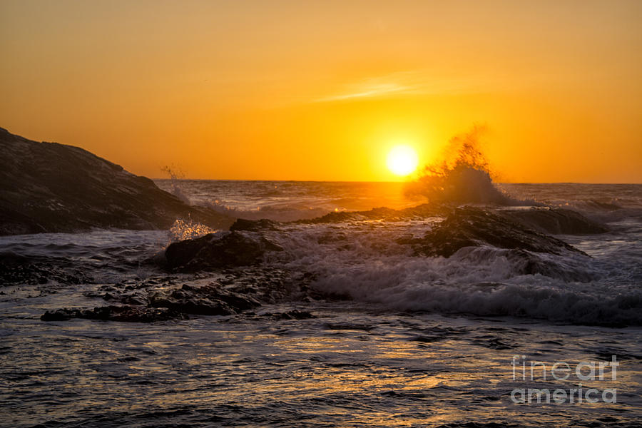 Los Osos Photograph - Sun Splash by Timothy Hacker