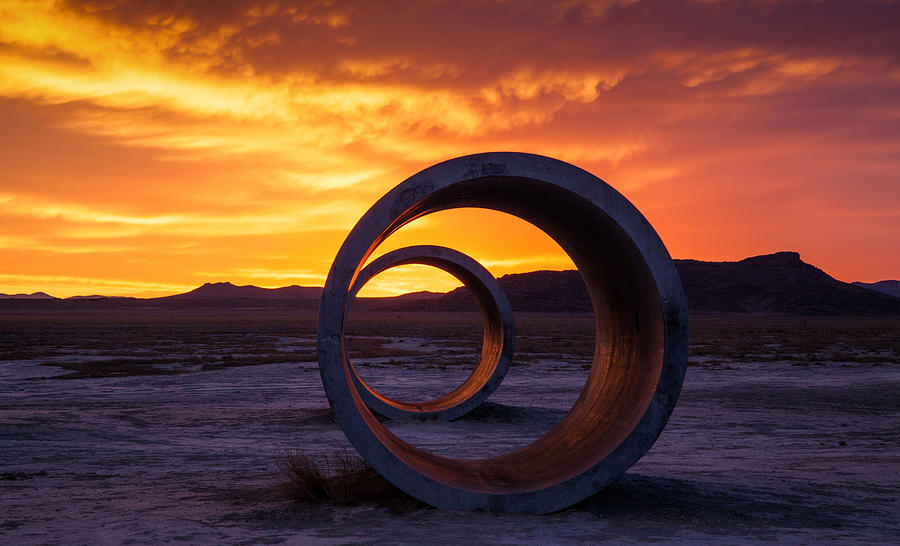 Sun Tunnels de Nancy Holt, Land Art en el desierto de Utah