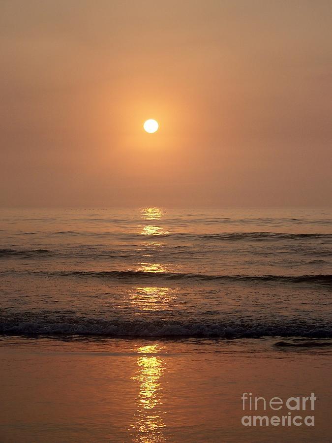 Sunrise Photograph - Sun Up Along Hampton Beach by Eunice Miller