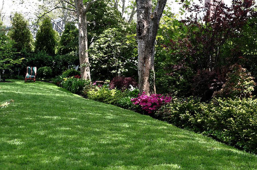 Garden Digital Art - Sunday Afternoon by Kirt Tisdale