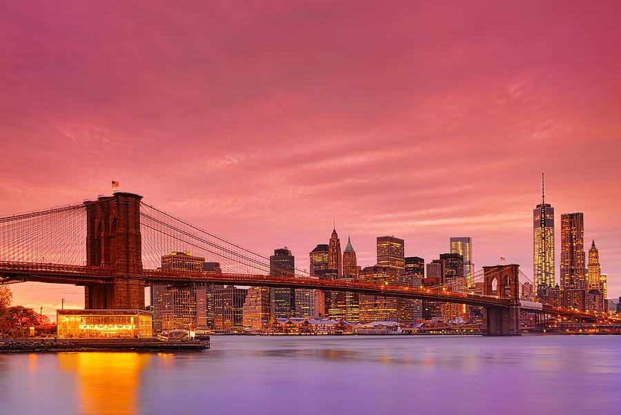 Brooklyn Bridge Photograph - Sundown City by Midori Chan