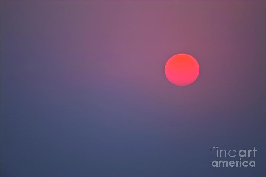 Sun Photograph - Sundown by Heiko Koehrer-Wagner