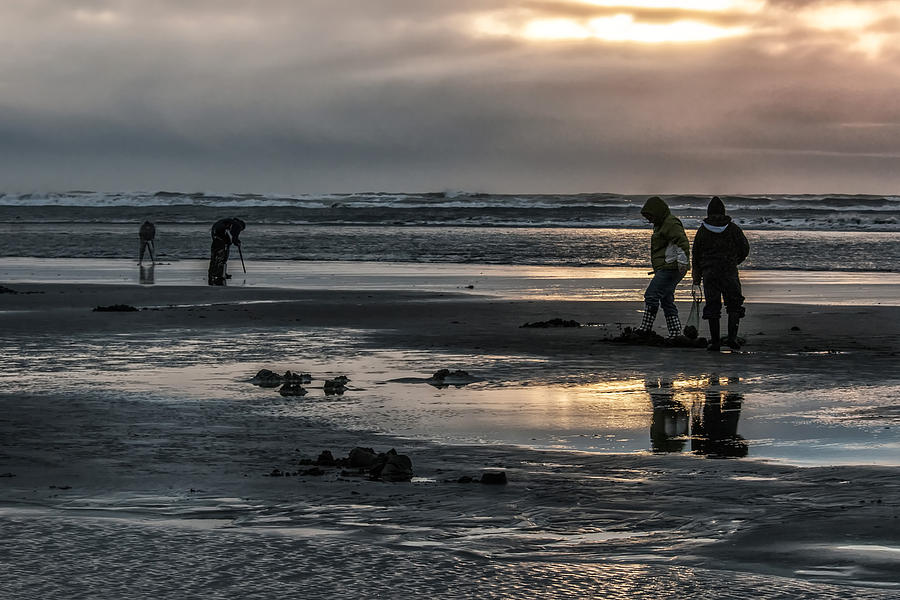 Sunrise Clam Tide Photograph by Nichon Thorstrom