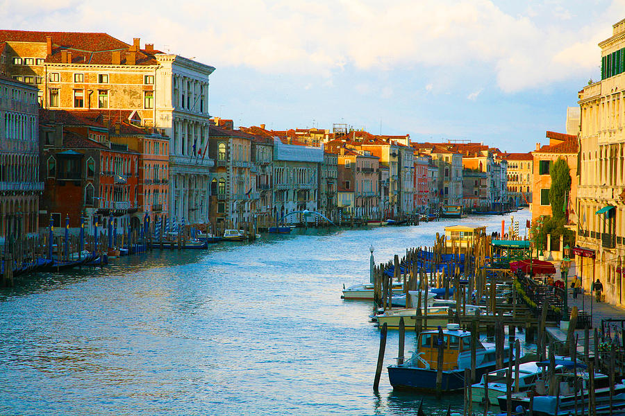Grand Canal Photograph - Sunrise On The Grand Canal by Ave Guevara