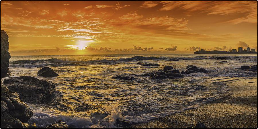 Mooloolaba Sunrise by Peter Lombard