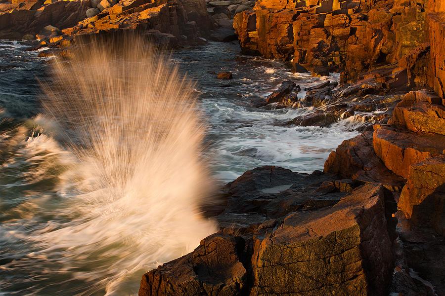 Jonathan Steele Photograph - Sunrise Splash by Jonathan Steele