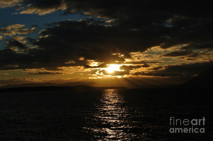 Sunset 3 - Thieves Bay by Sharron Cuthbertson