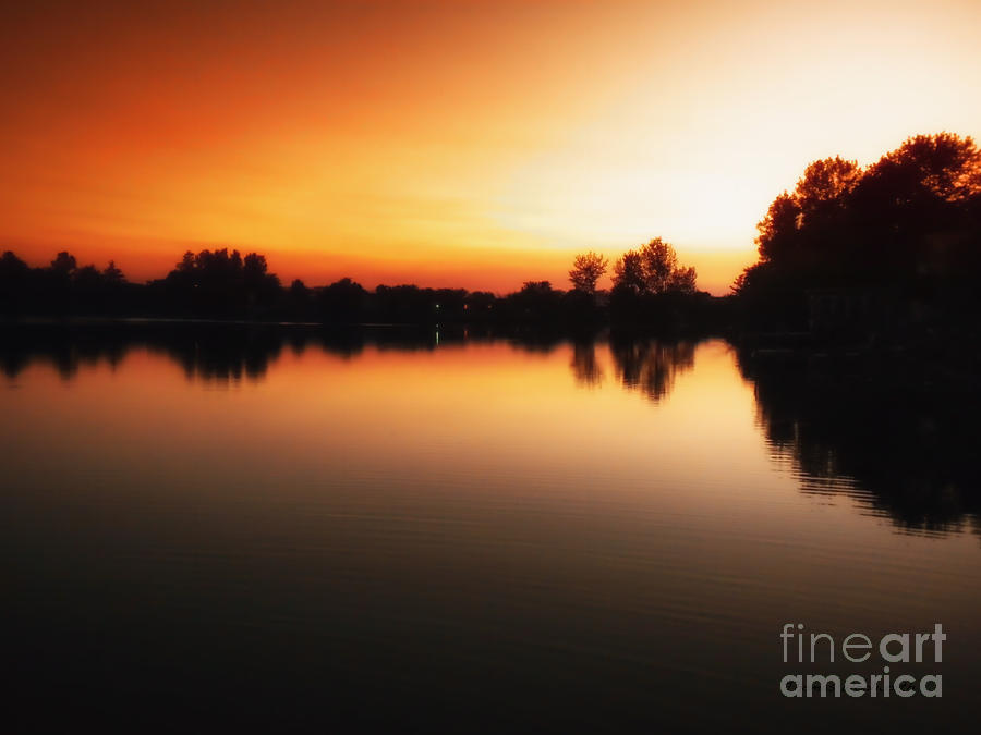 Landscapes Photograph - Sunset A Lake In Mansfield Il by Thomas Woolworth