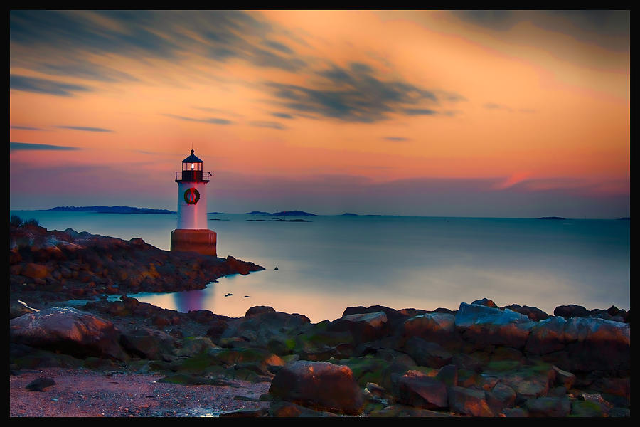 Christmas Lighthouse Photograph - Sunset At Fort Pickering Lighthouse by Jeff Folger