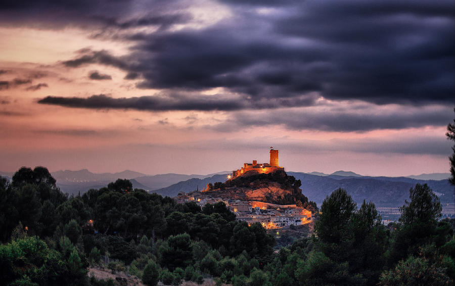 Castle Photograph - Sunset At The Castle by Pedro Fernandez