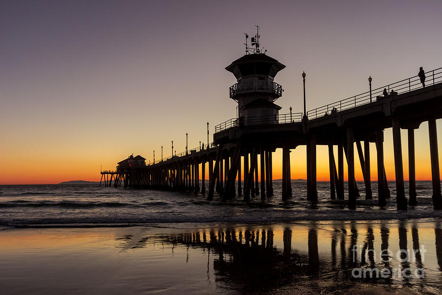 Sunset at the pier by Andrea Shuttleworth