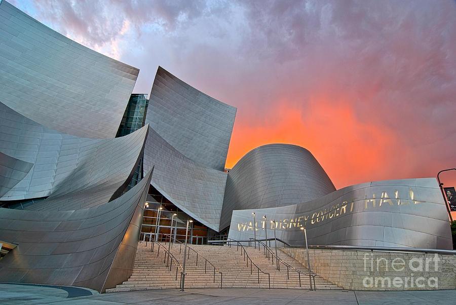Walt Disney Concert Hall Photograph - Sunset At The Walt Disney Concert Hall In Downtown Los Angeles. by Jamie Pham