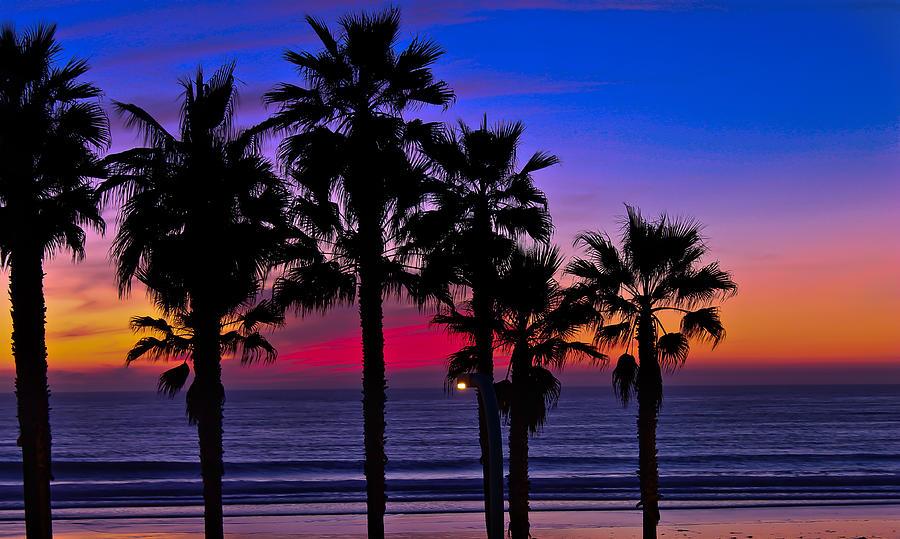 Sunset from the Ocean Park Inn by Robert Bellomy