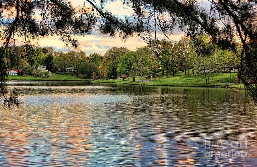 Tennessee Photograph - sunset lake I by Chuck Kuhn