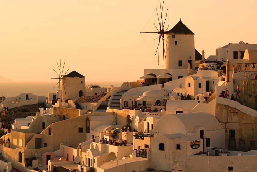 Sunset Photograph - Sunset Oia Santorini by Saul Moreno