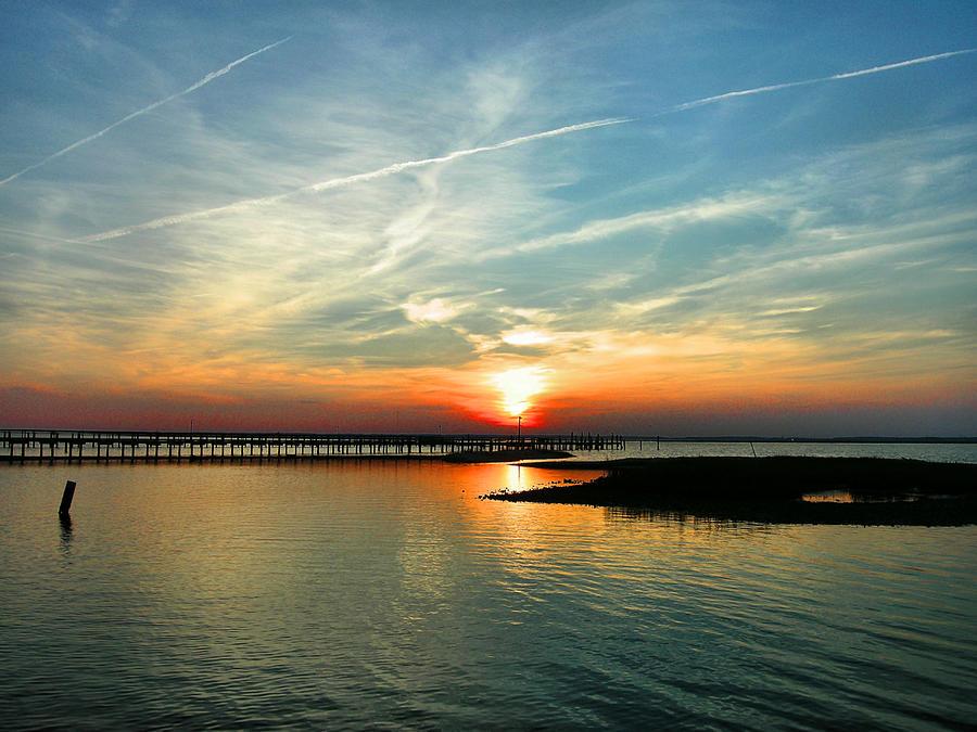 Sundown Photograph - Sunset On Chincoteague Bay by Steven Ainsworth