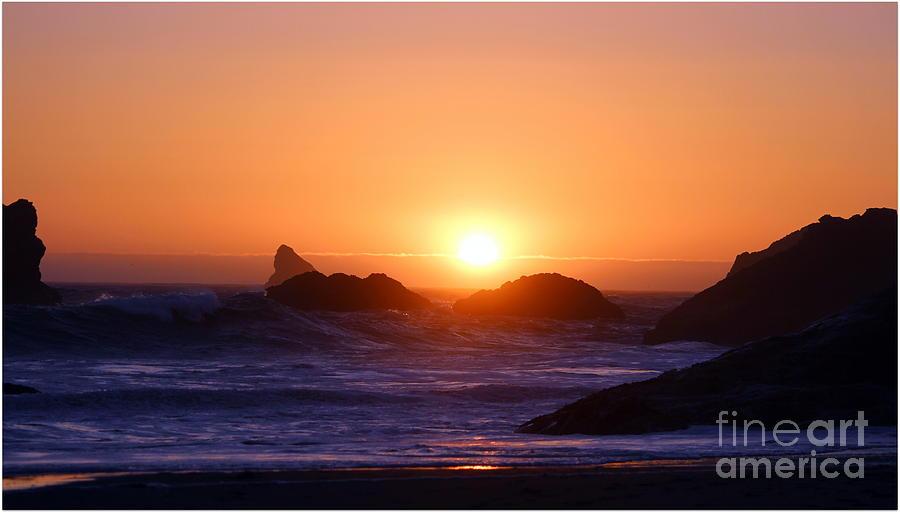 Sunset Photograph - Sunset On Harris Beach by Irina Hays