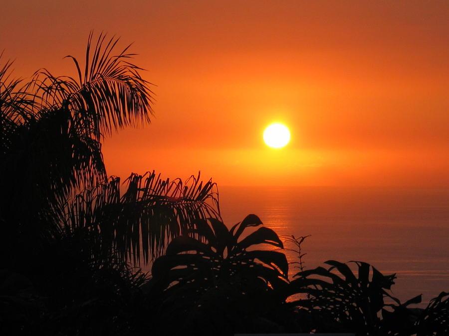 Hawaii Photograph - Sunset Over Kona Hawaii by Sabine Edrissi