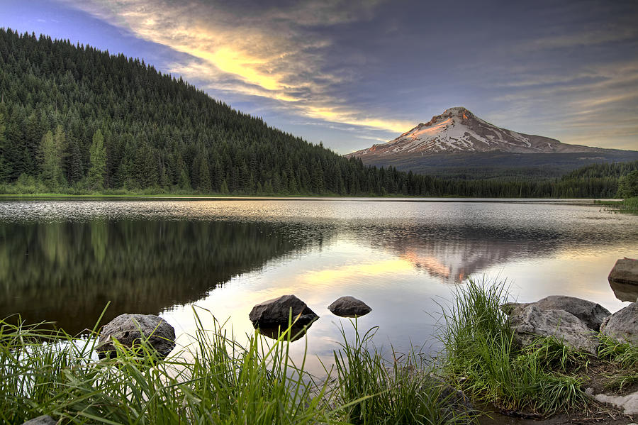 Sunset Photograph - Sunset Over Mount Hood At Trillium Lake by David Gn