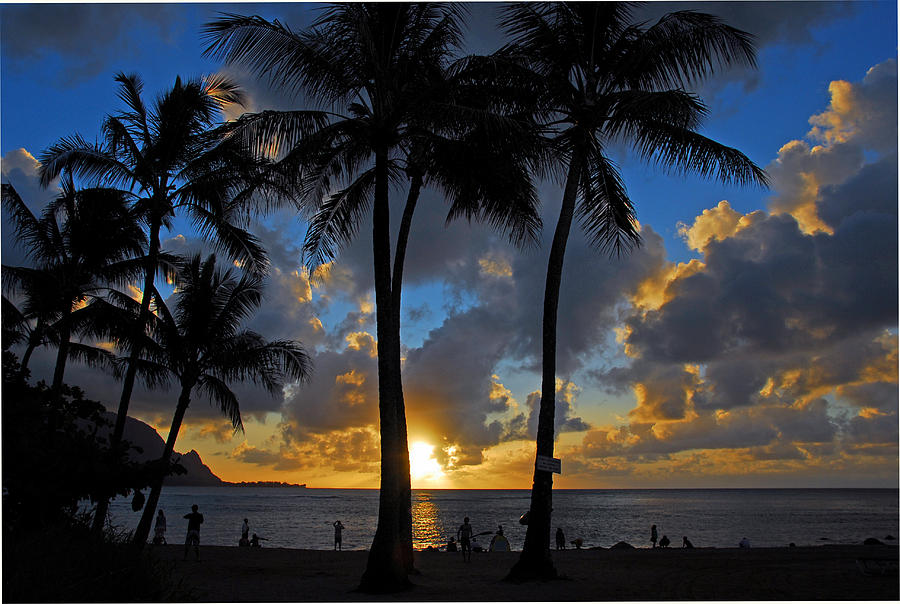 Troical Islands Photograph - Sunset Silhouettes by Lynn Bauer